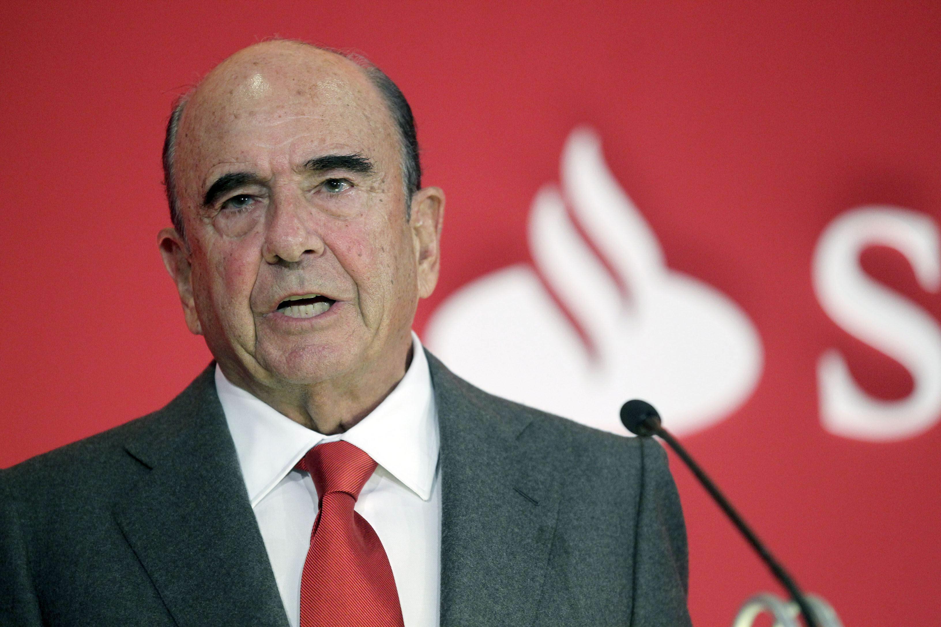 Santander casi duplicó beneficios en 2013 por dotar menos provisiones