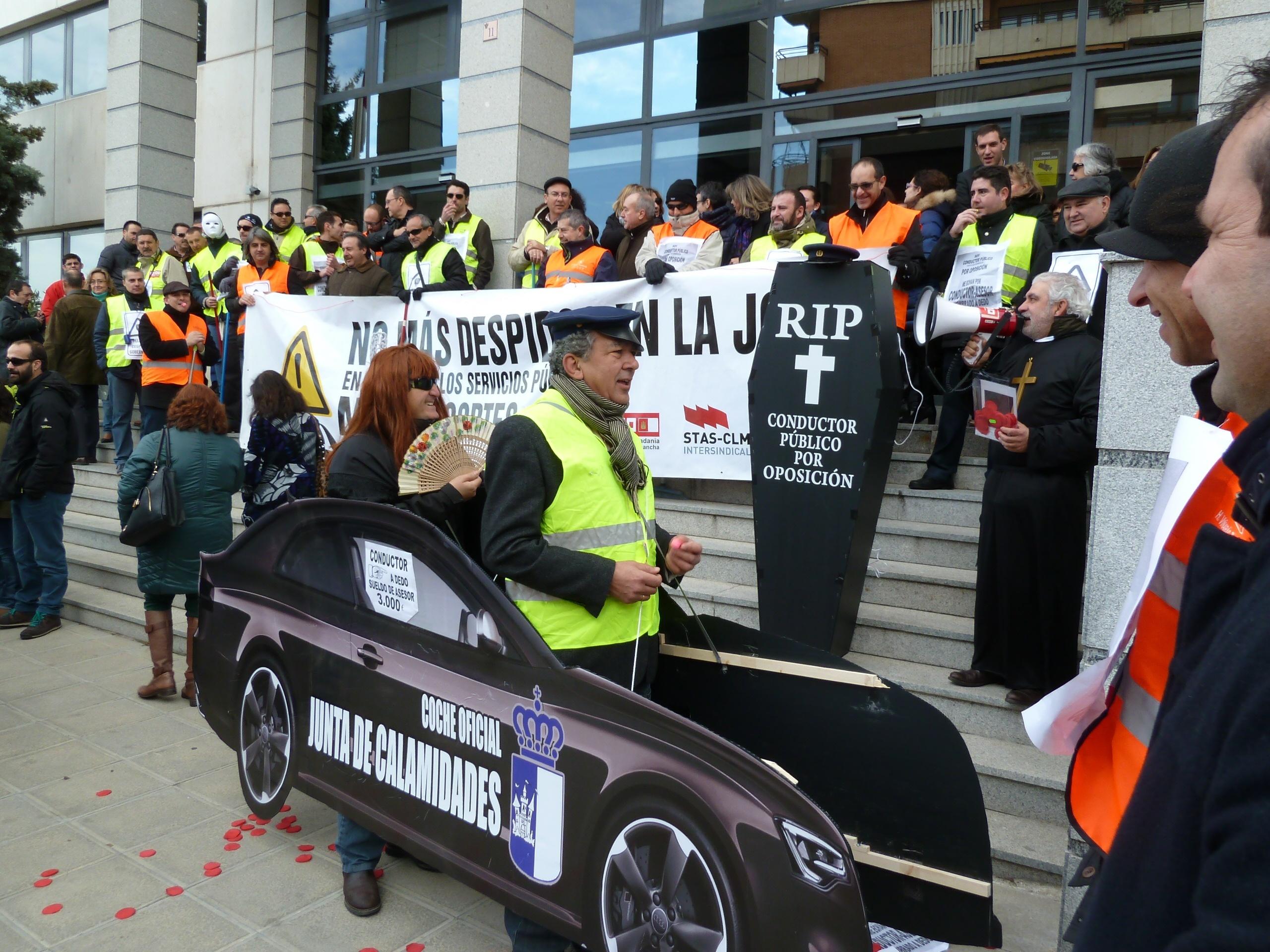 Seguimiento del 97% en el parón planteado por sindicatos en contra del Plan de Recursos Humanos de Conductores de Junta