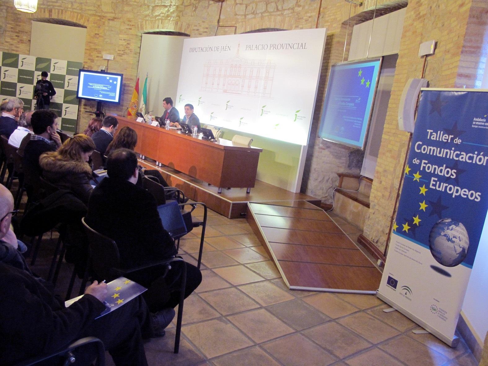 Técnicos municipales aprenden herramientas para acercar la gestión de los Fondos Europeos