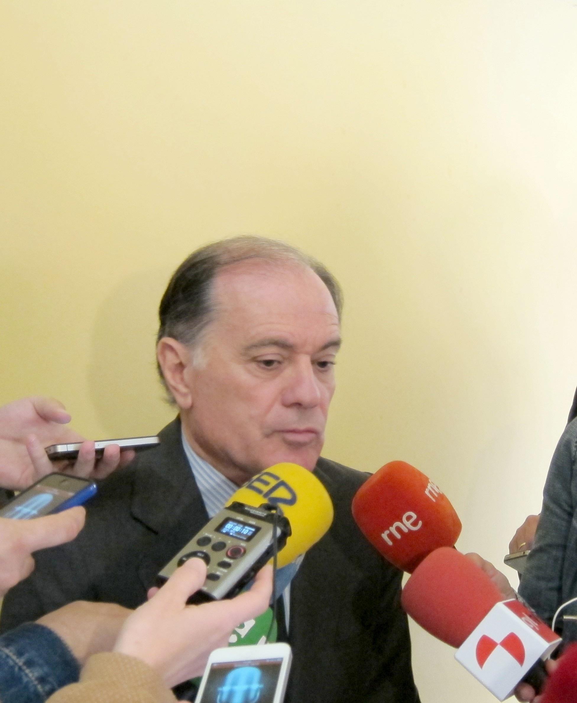 Villanueva da por concluida la unión de Ceiss con Unicaja y cree que nace una entidad «solvente y muy próxima a CyL»