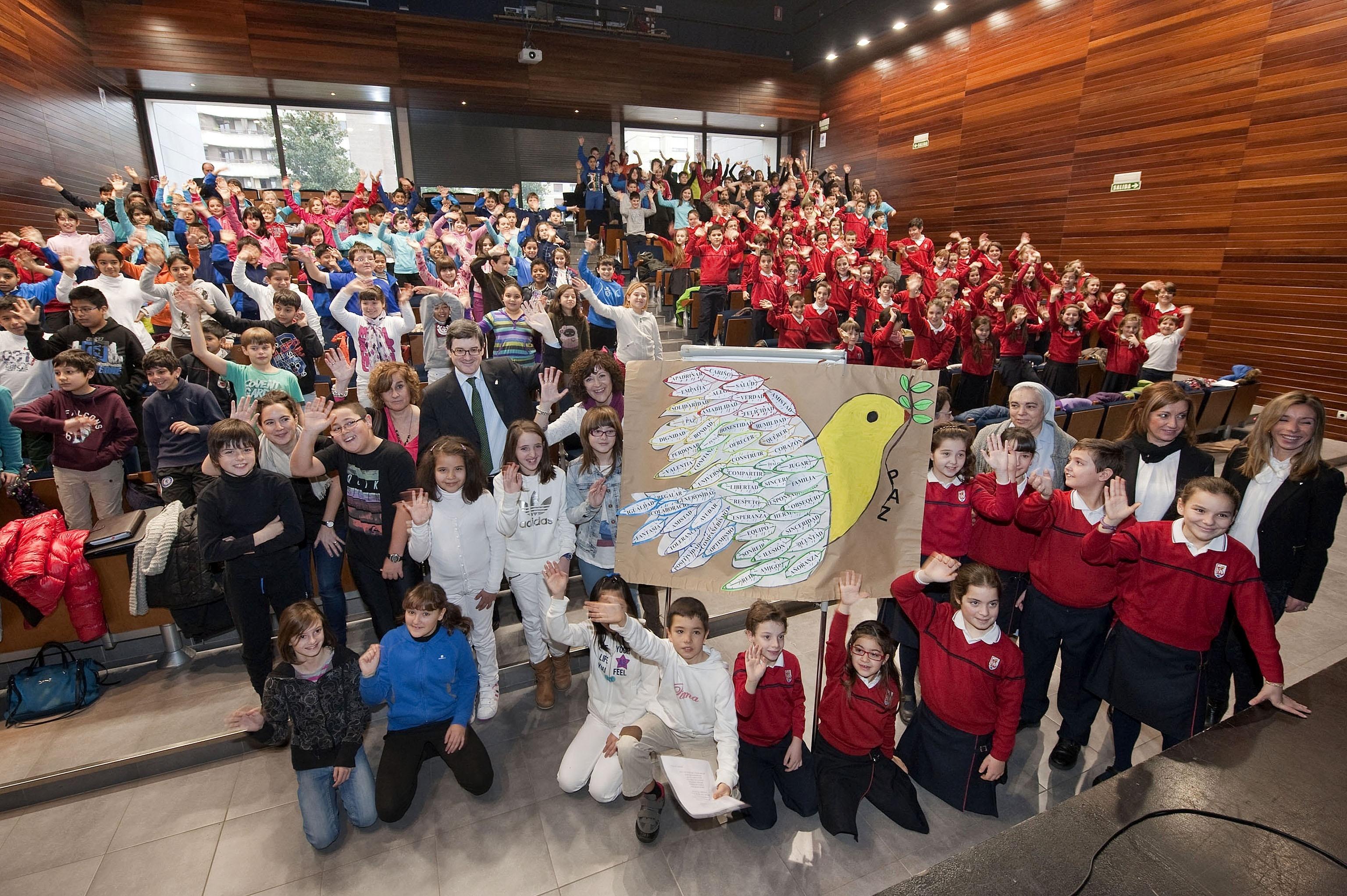 Los colegios navarros celebran el Día Escolar de la No Violencia y la Paz