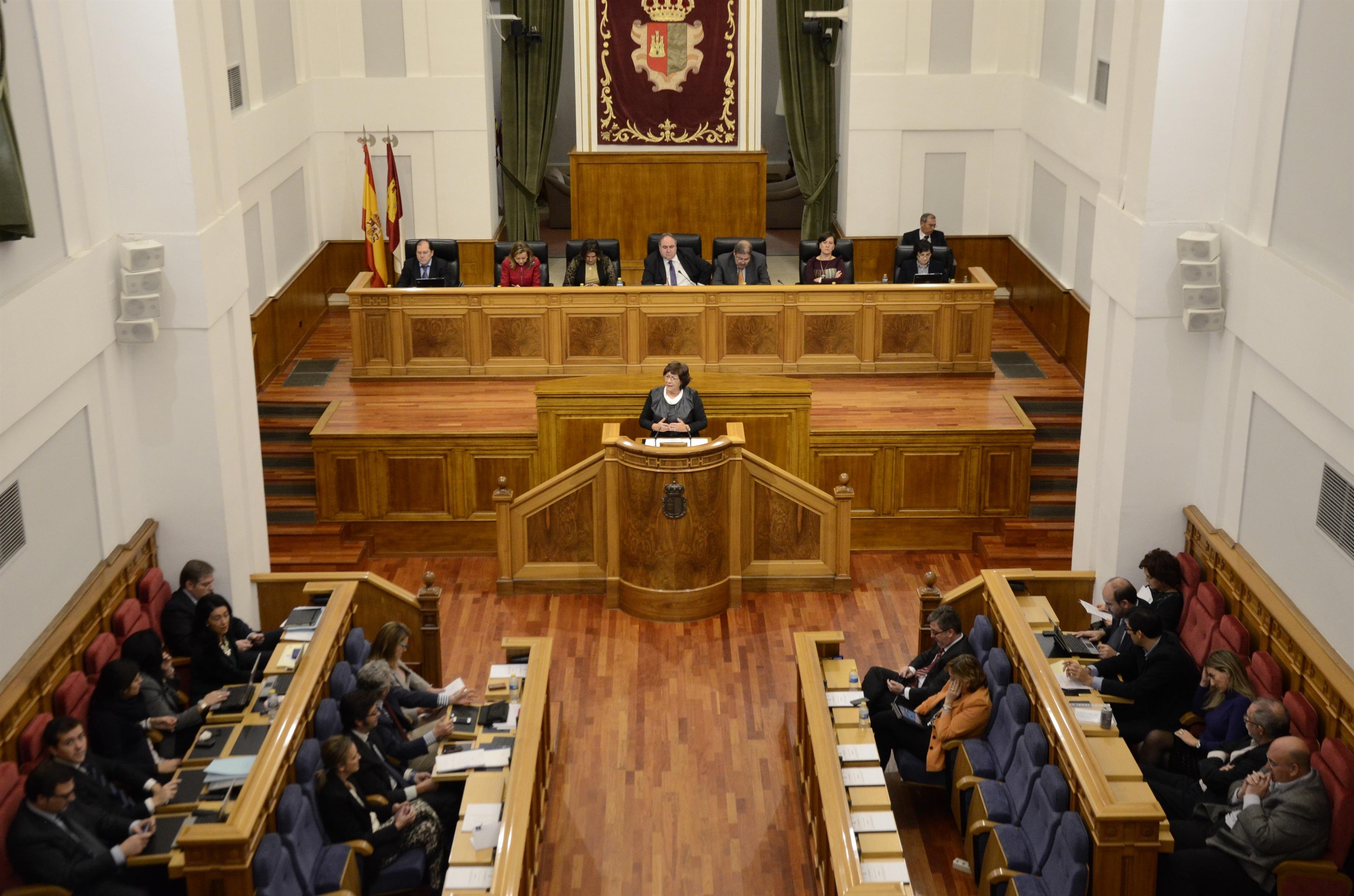 El primer pleno de este periodo de sesiones en las Cortes debatirá sobre la PAC, el plan del Júcar y la función pública