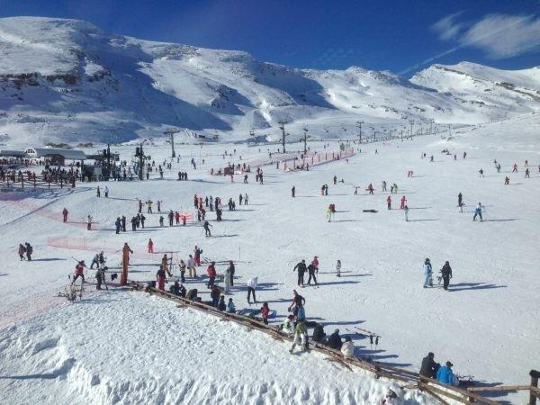 Alto Campoo estrena el mes con el 70% de sus pistas abiertas y 15 kilómetros esquiables
