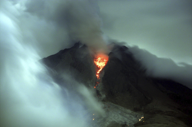 Al menos 14 muertos por la erupción del volcán Sinabung, en Sumatra