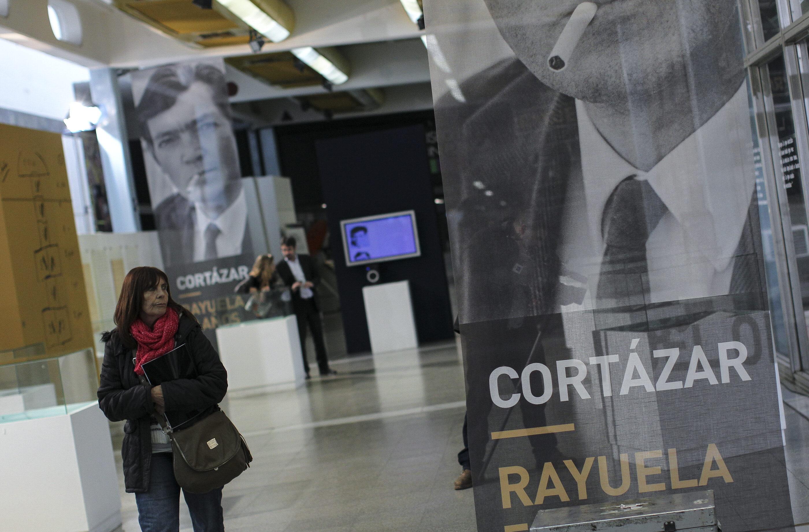 Los 6.000 días de Cortázar en Buenos Aires, reconstruidos en su centenario