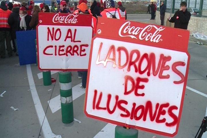 El alcalde de Fuenlabrada pide la intervención del Gobierno y la Comunidad de Madrid en el ERE de Coca-Cola