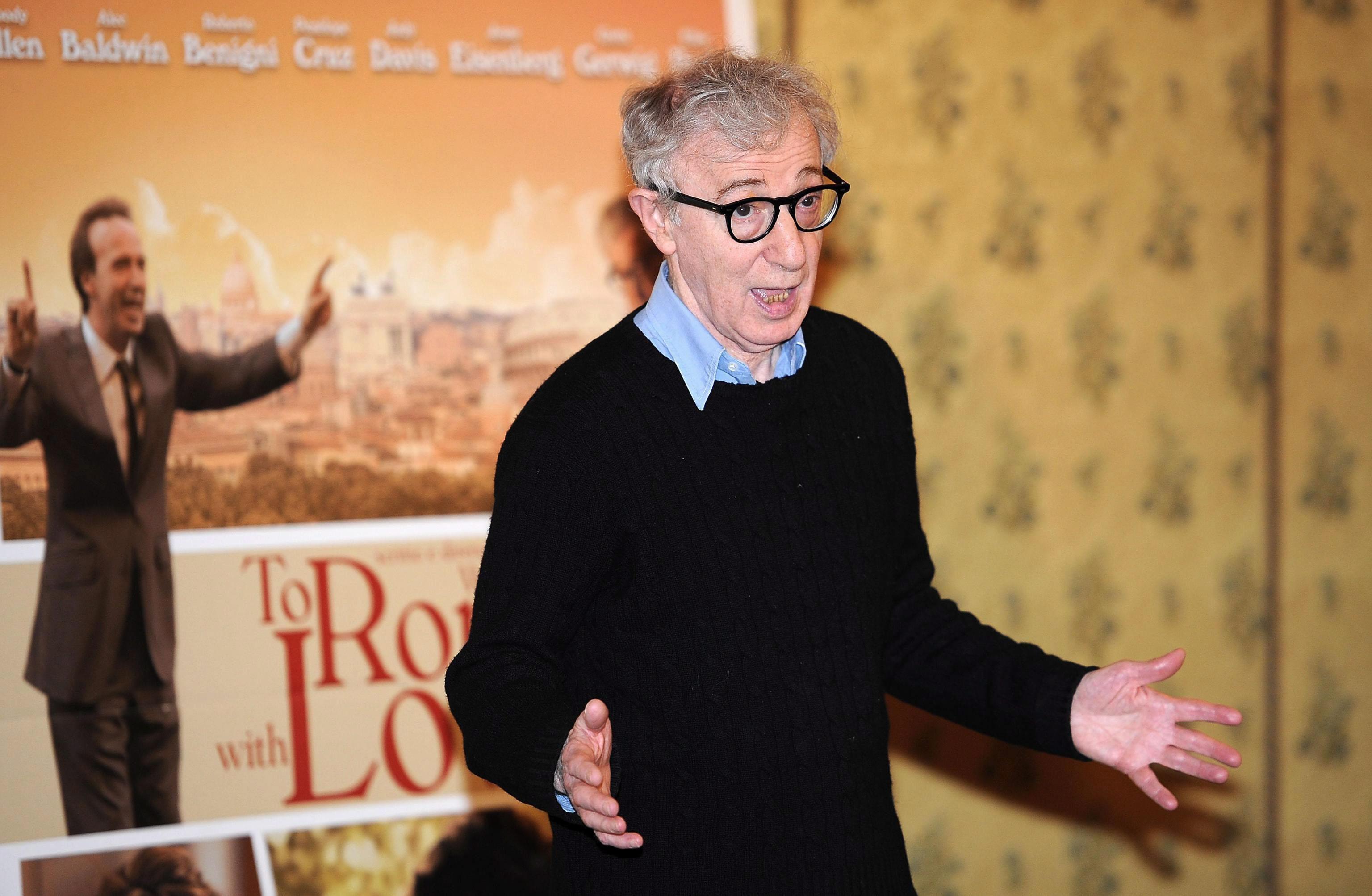 La hija adoptiva de Woody Allen cuenta cómo su padre abusó de ella de niña