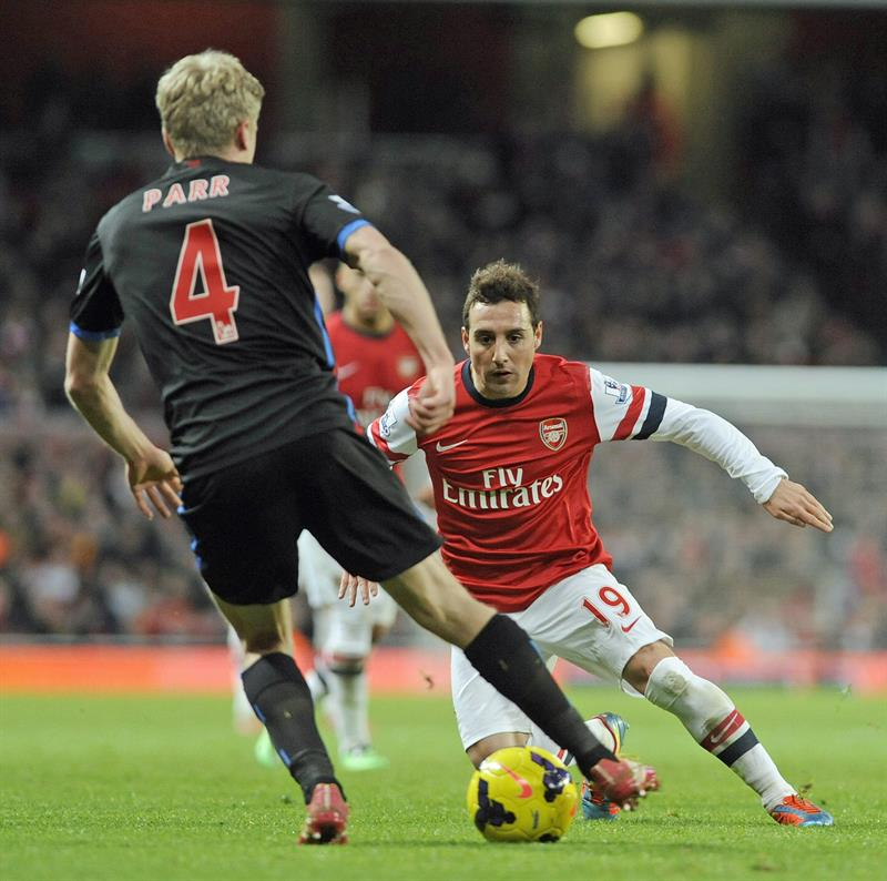 El Arsenal, líder provisional antes del City-Chelsea
