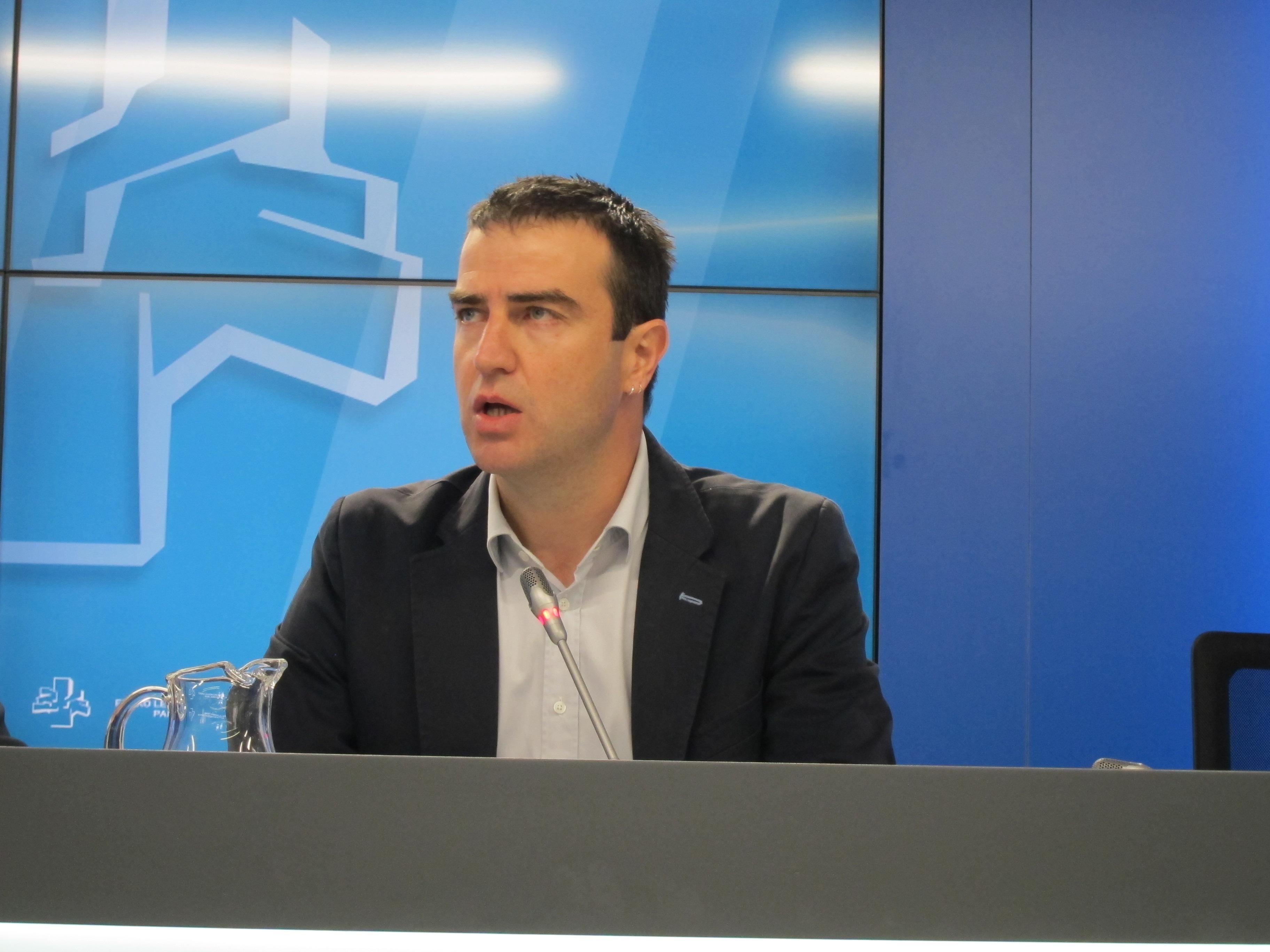 Maneiro (UPyD) cree que la derrota de ETA «sigue pendiente» y advierte que Bildu y Amaiur son sus «servicios auxiliares»