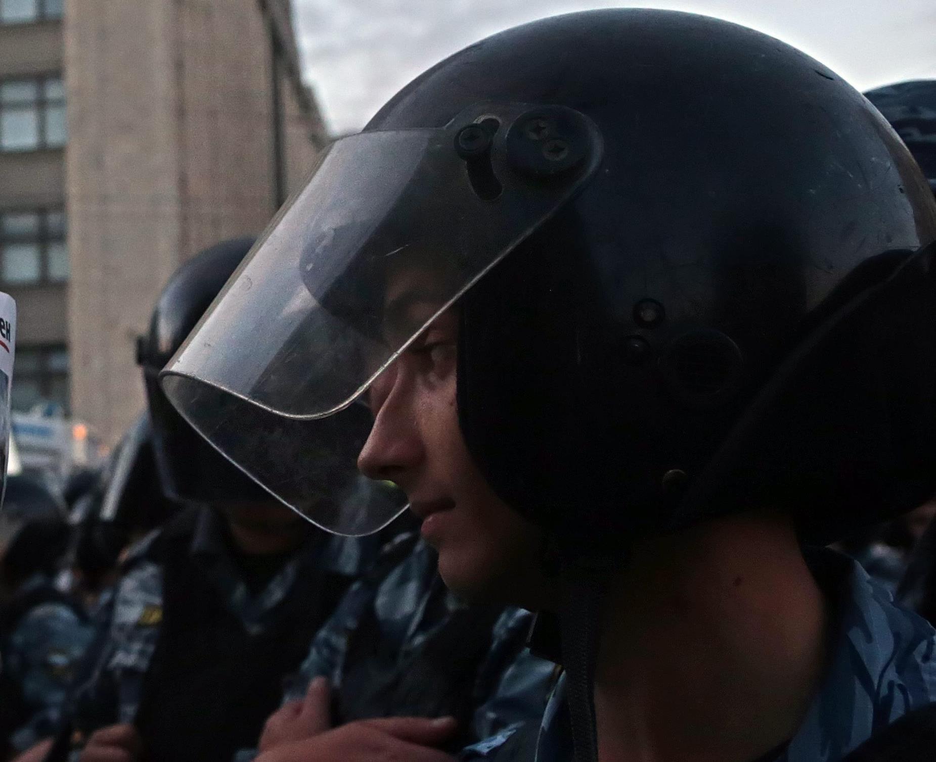 Mueren un policía y un profesor y liberados los rehenes de la escuela de Moscú