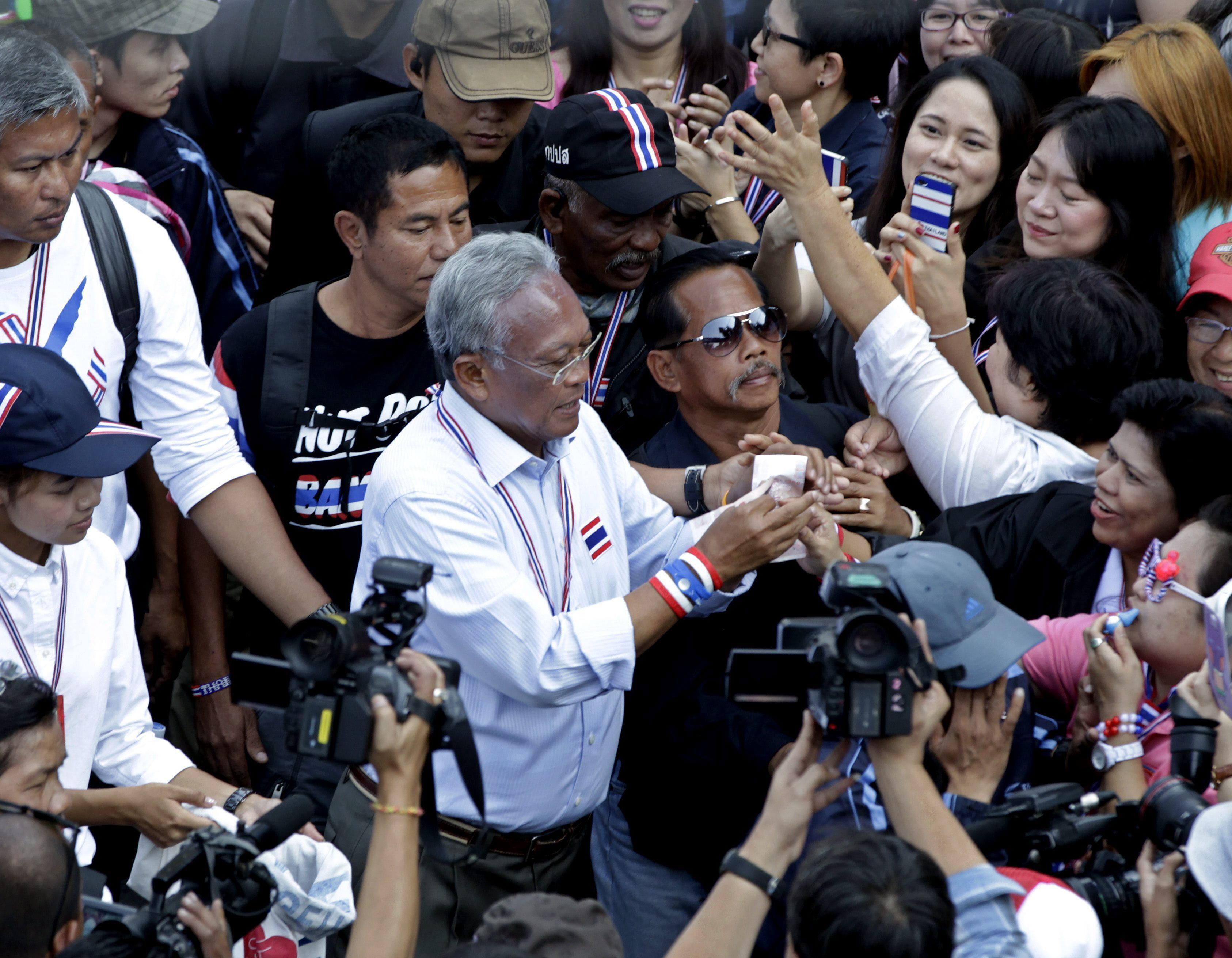 Los antigubernamentales hacen caso omiso de las elecciones en Tailandia