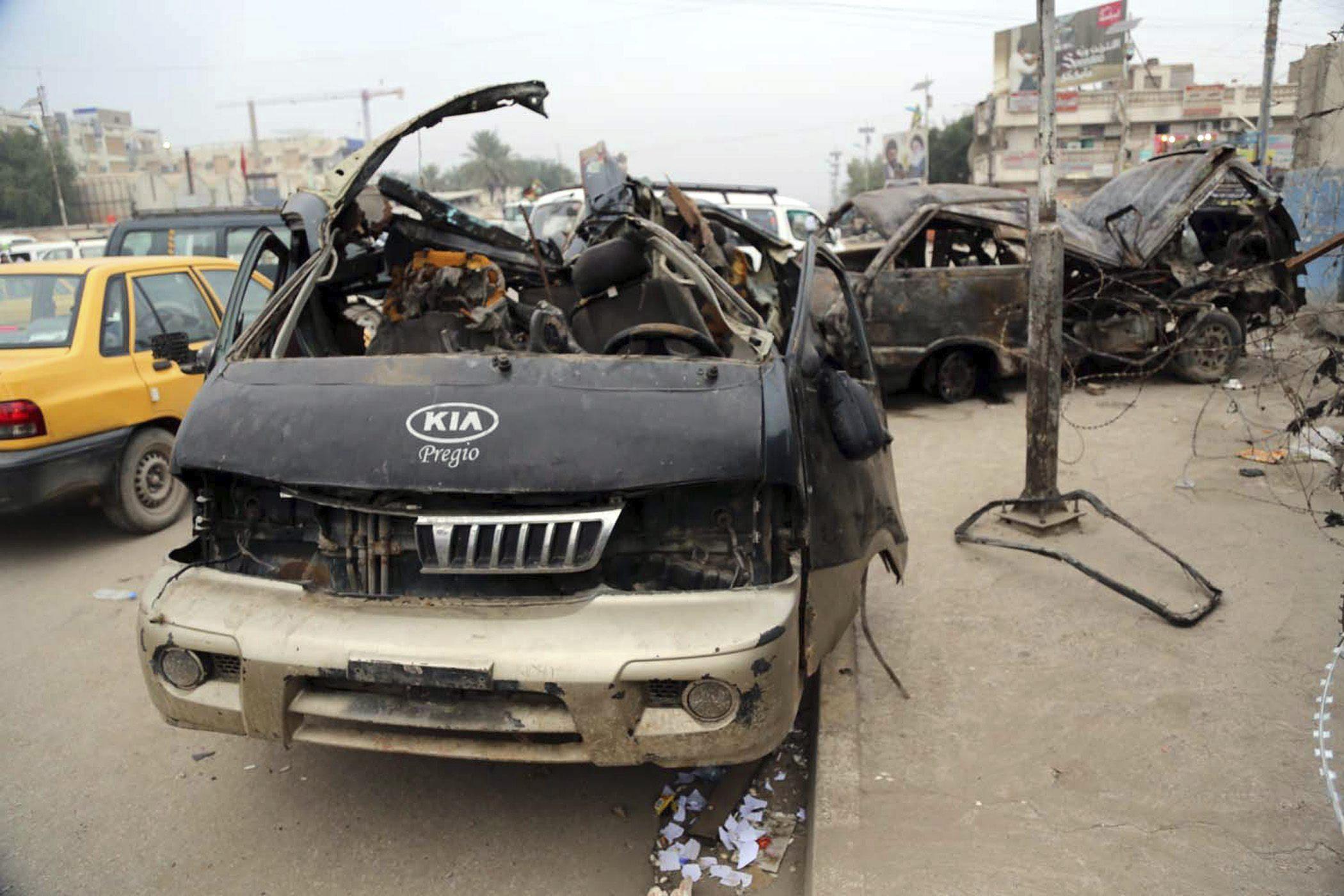 Al menos 7 muertos y 30 heridos en tres atentados en Bagdad