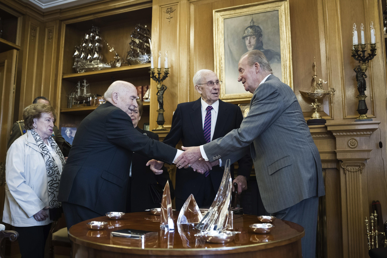 Las tres operaciones del Rey en 2013 costaron al erario público 165.000 euros
