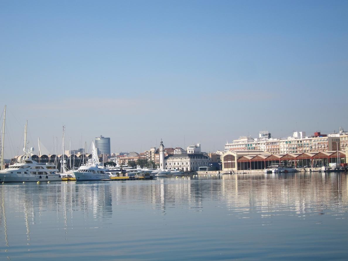 IGAE cuestiona la vigilancia contratada por el Puerto y la tacha de «gestión ineficiente»