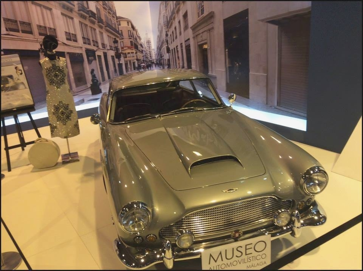 El Museo Automovilístico celebra el Día de Andalucía con una reunión de vehículos clásicos