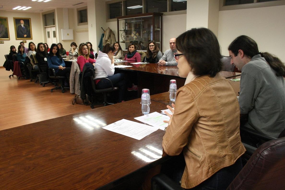Alrededor de medio centenar de estudiantes participa en las Jornadas de Iniciación al Voluntariado de la UJA