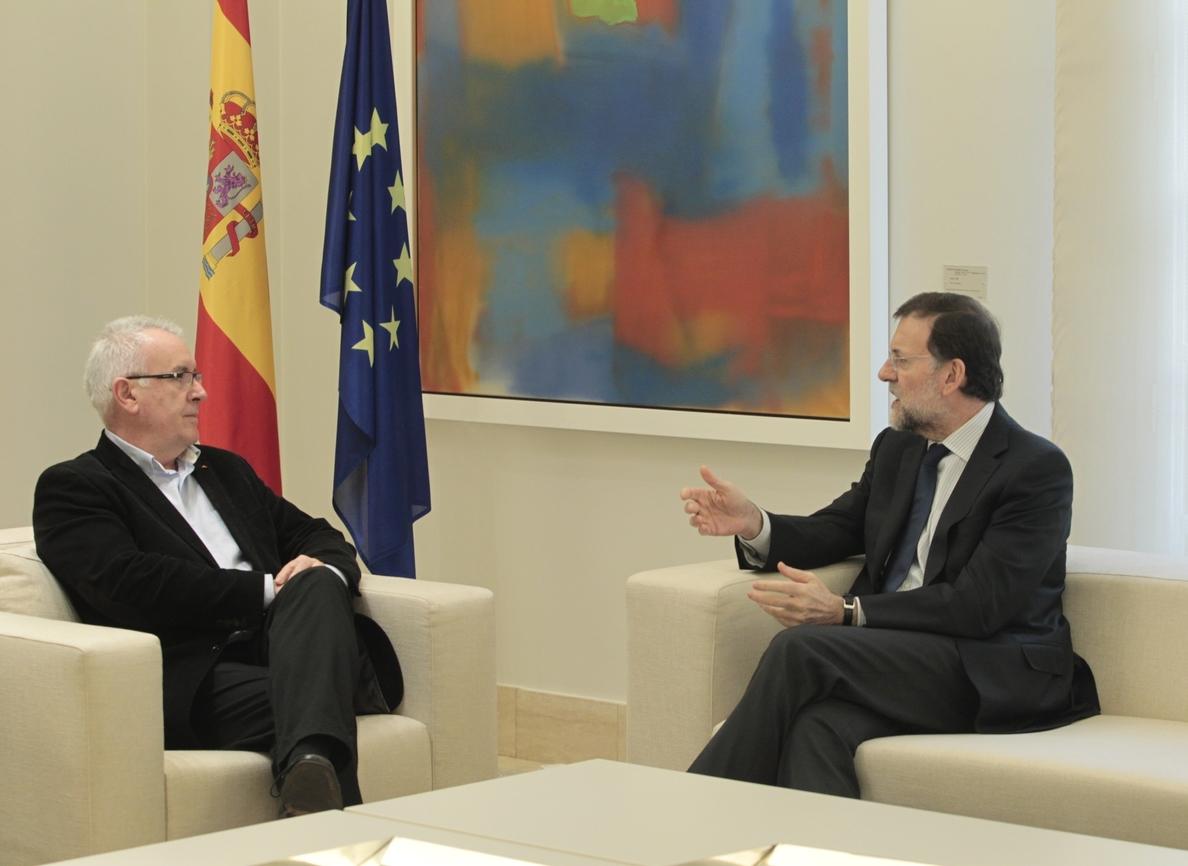 Cayo Lara preguntará a Rajoy por qué «protege» a quienes dañan la democracia y le pedirá que se vaya