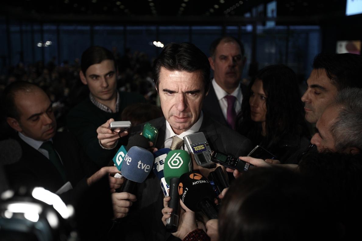 Soria dice que en la consolidación de »telecos» europeas «debe estar» alguna empresa española