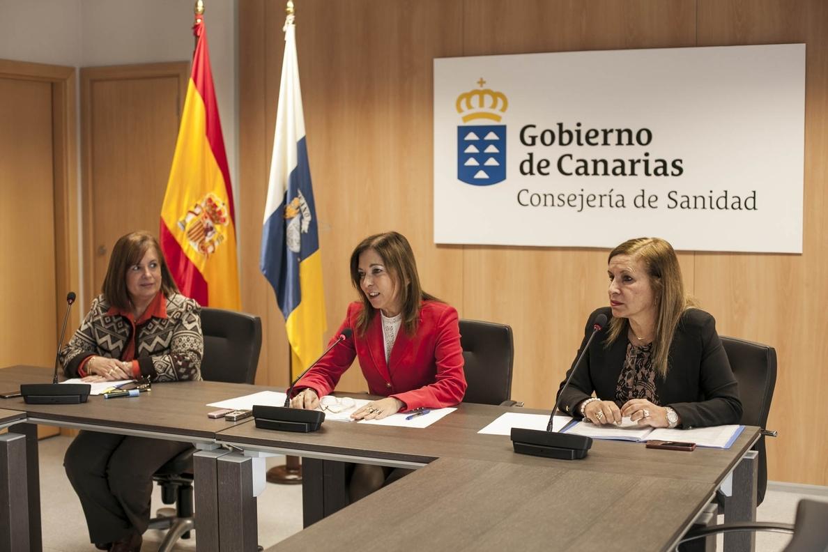 La lista de espera quirúrgica en Canarias cae un 9% en segundo semestre de 2013 con 2.692 personas menos