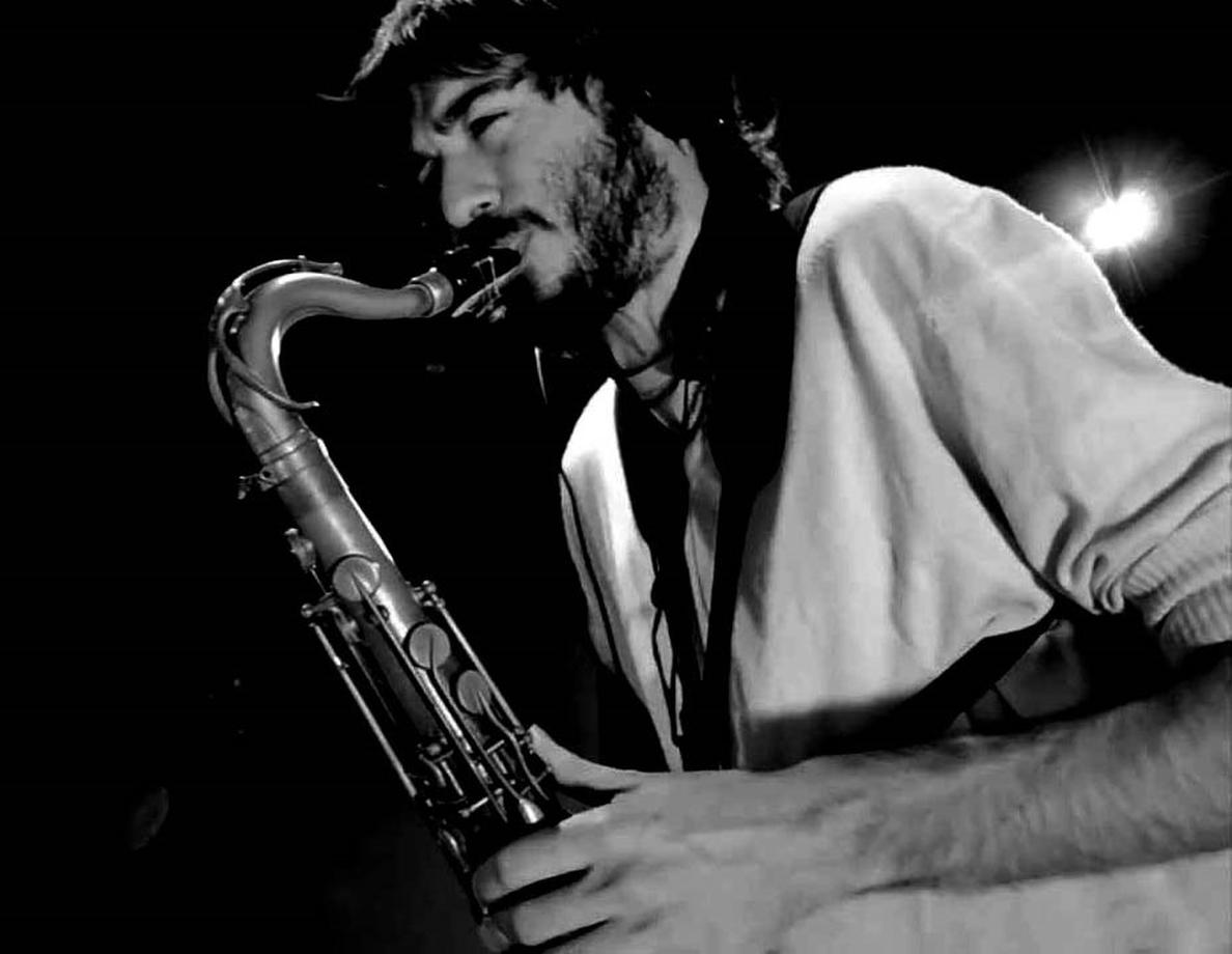 El saxofonista argentino Lisandro Mansilla lleva al Jimmy Glass aires de chacarera, vidala, candombe y samba