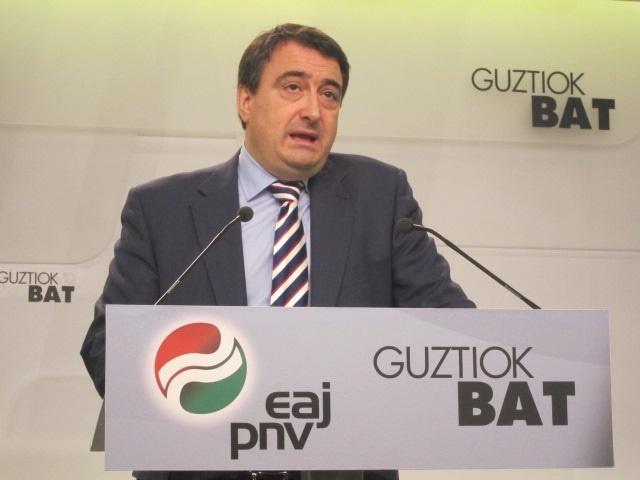 El PNV subraya la lealtad de Urkullu con Rajoy y dice que éste «no le corresponde con la debida diligencia»