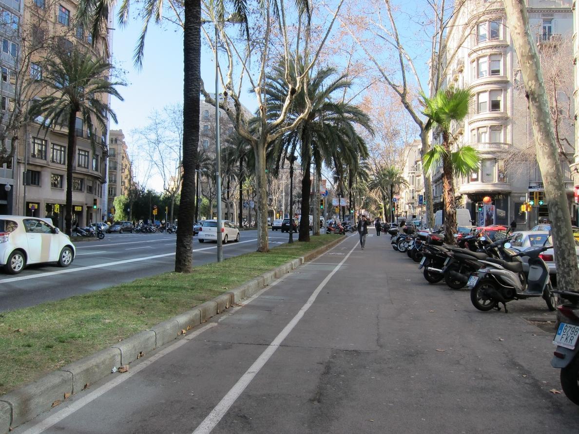 Barcelona empieza la instalación de un nuevo colector en la Diagonal