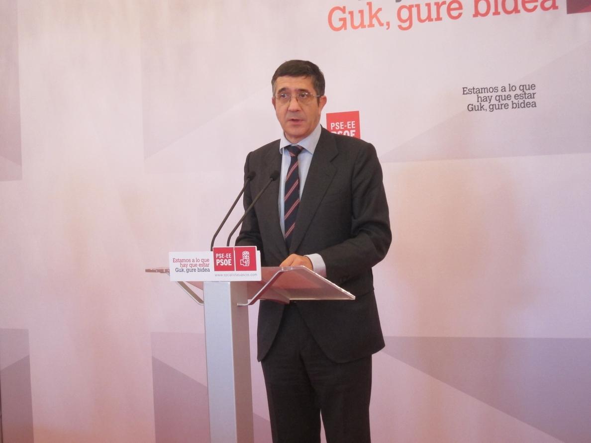 López llama a «ganar la batalla a las ideas que hicieron» que jóvenes vascos se convirtieran en «asesinos terroristas»