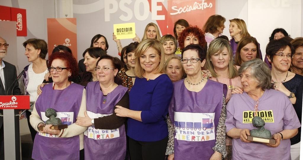 Valenciano critica que Cospedal no vea necesario «discursos ni actos especiales» en el Día de la Mujer