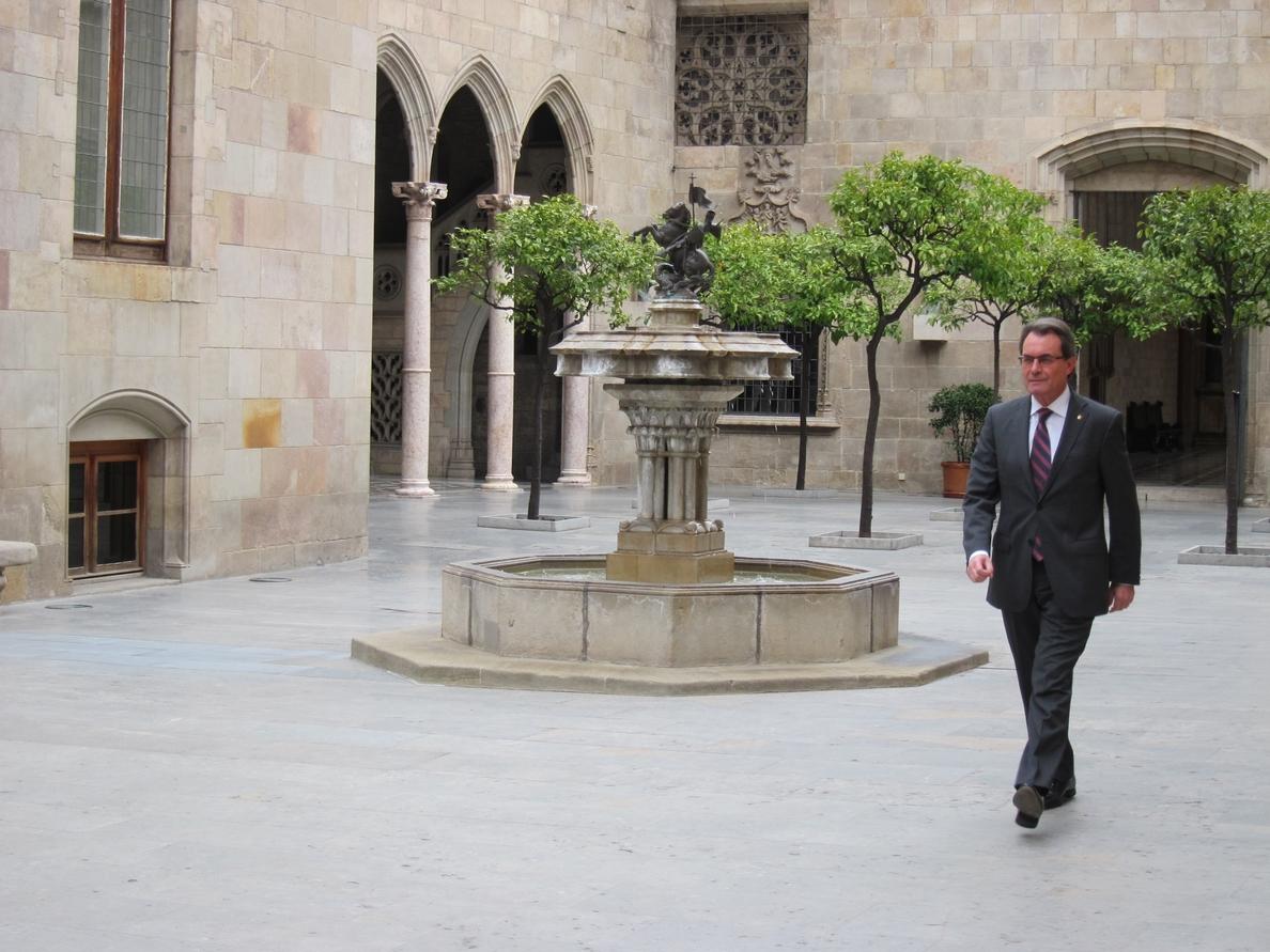 Mas contrapone el «ordeno y mando» del Gobierno a los valores de entente en Cataluña