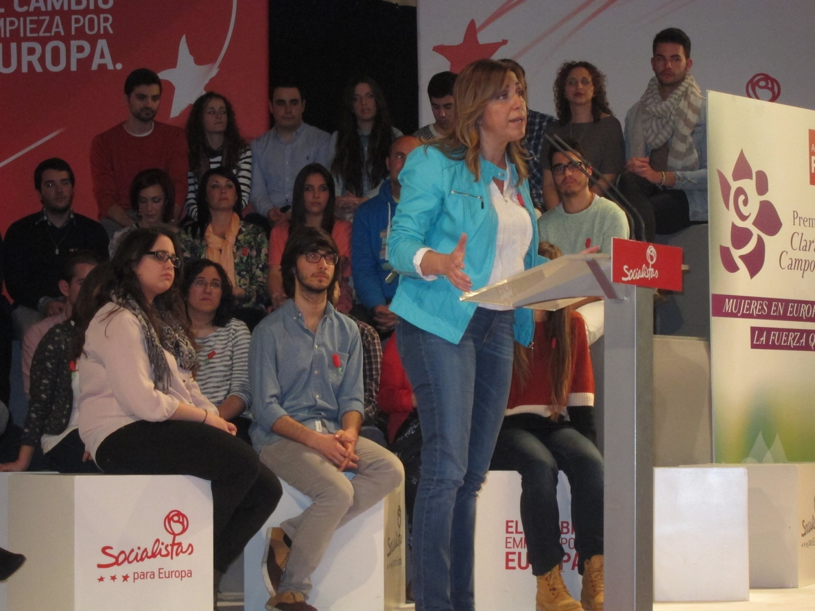 Díaz dice que «no es fácil marcar la diferencia cuando no se respeta a Andalucía» e insiste en el plan de empleo