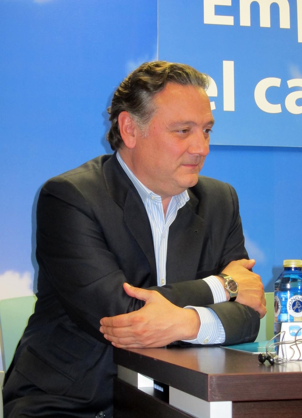 El PP se lanza a la captura del voto emigrante en las europeas con una intensa gira por Iberoamérica en abril