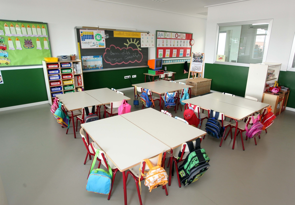 Uno de cada cuatro centros educativos de la Comunitat ofrece educación plurilingüe