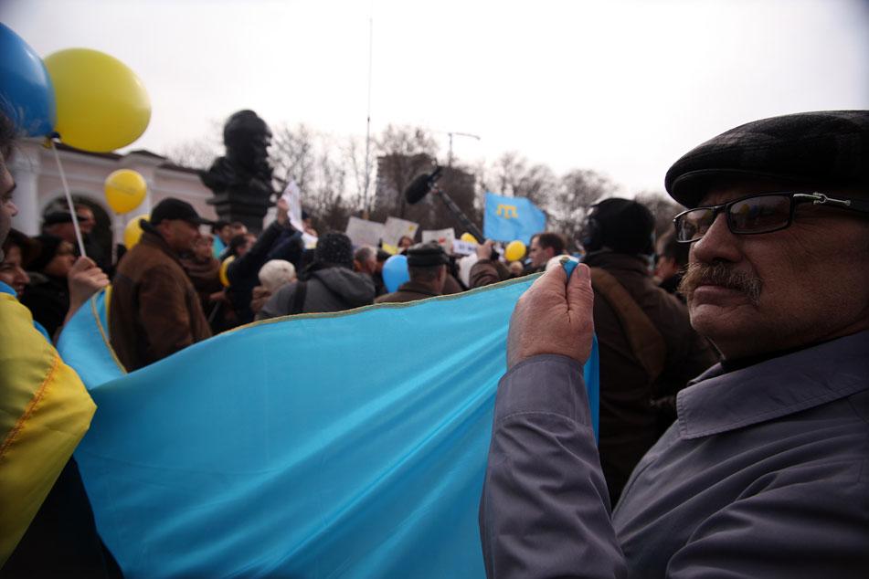 El primer ministro de Ucrania asegura que no cederán ni un centímetro de tierra a los rusos