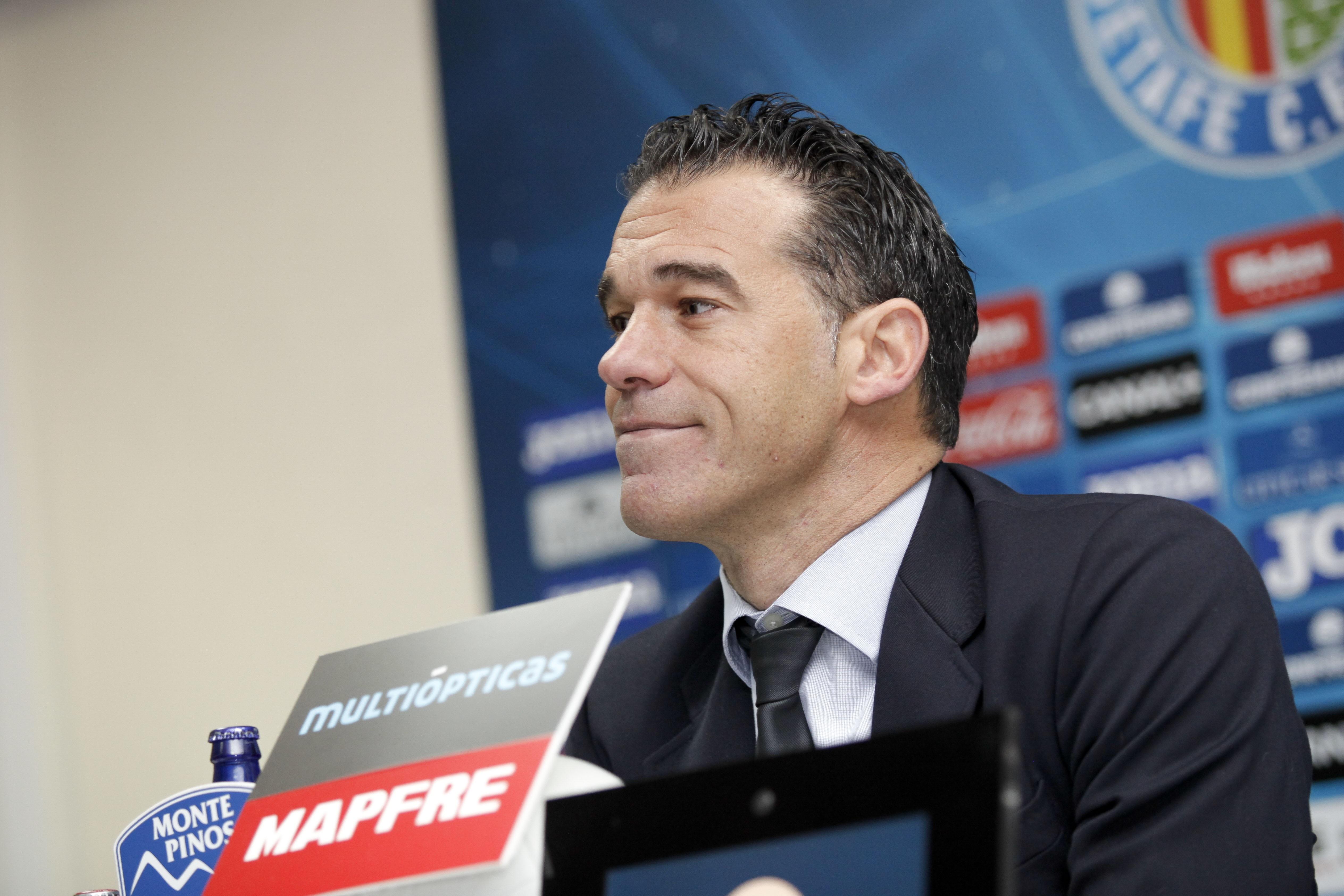 El Getafe destituye a Luis García y ficha a Contra como entrenador