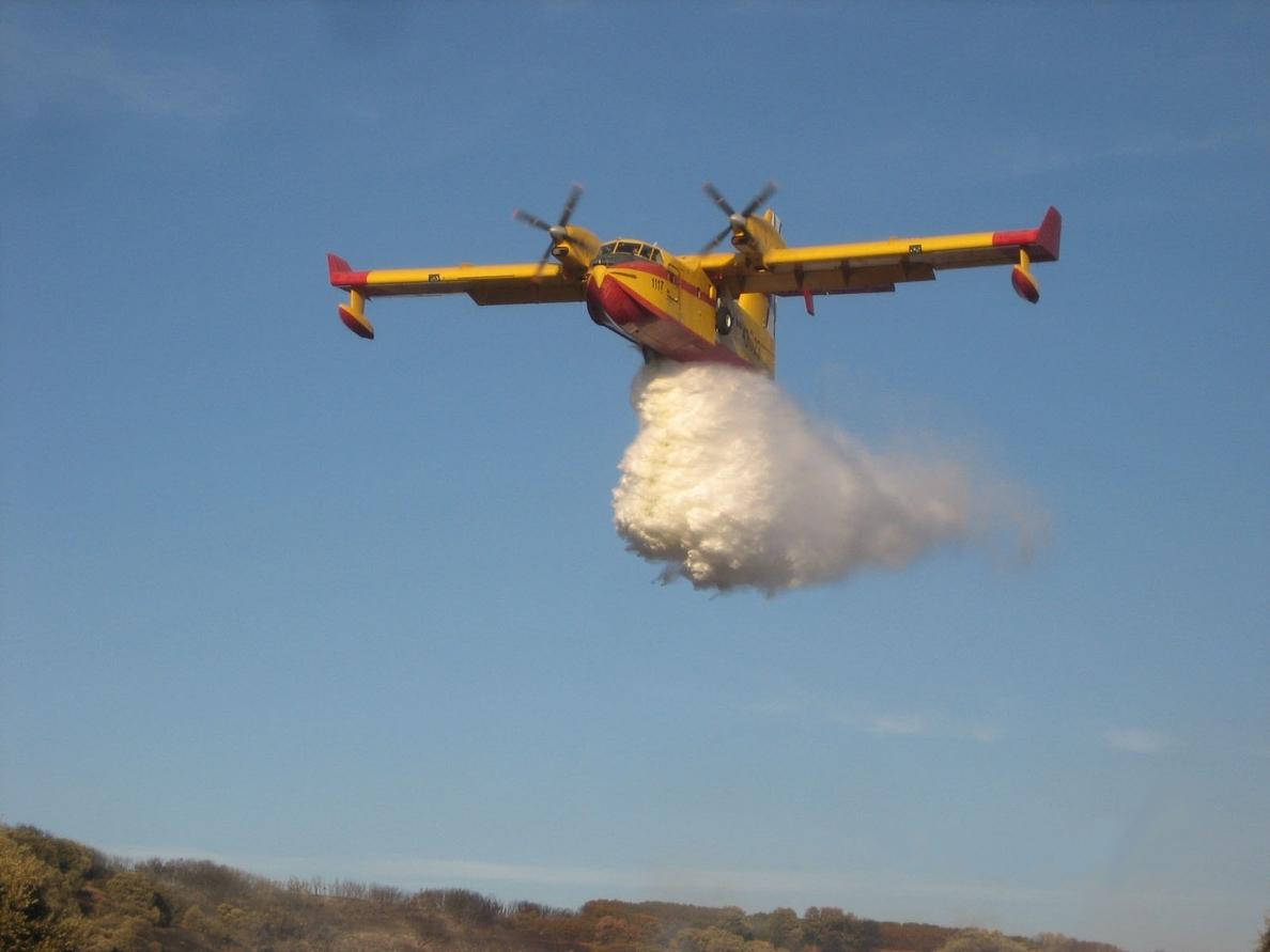 El sindicato libre de transporte aéreo denuncia la intrusión laboral de los pilotos de helicóptero militares