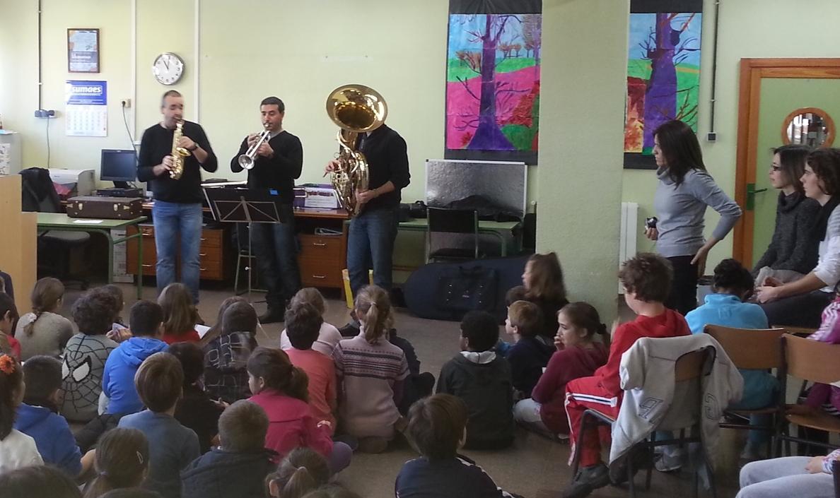 El Ayuntamiento fomenta la educación musical en los centros educativos