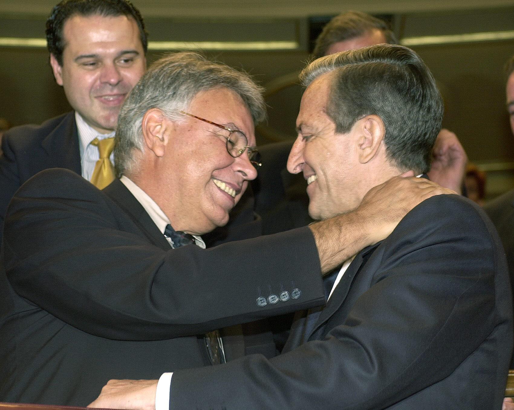 Felipe González revela que en 1989 quiso incorporar a Abril Martorell a su Gobierno