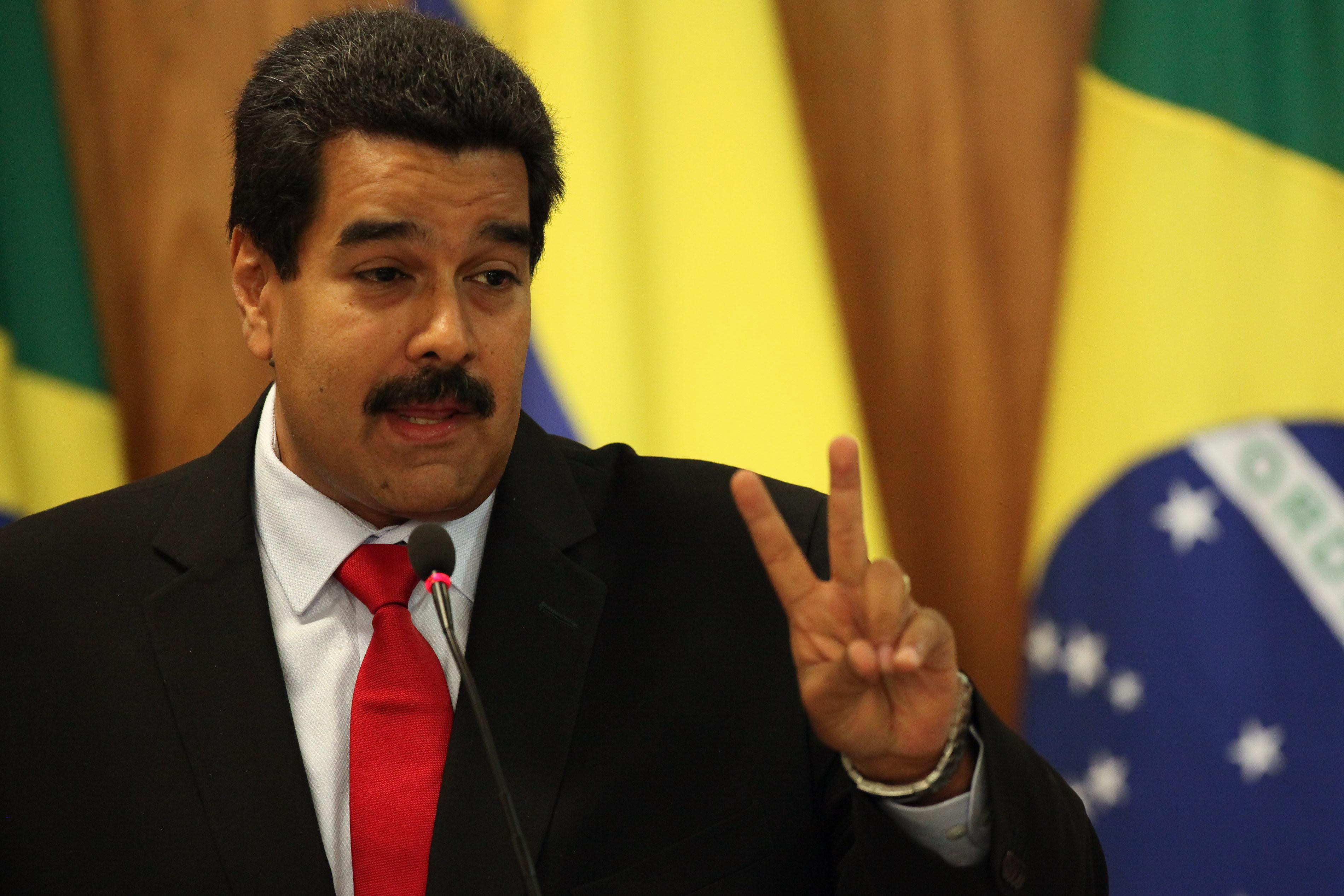 Maduro anuncia la detención de tres generales que «pretendían sublevarse»