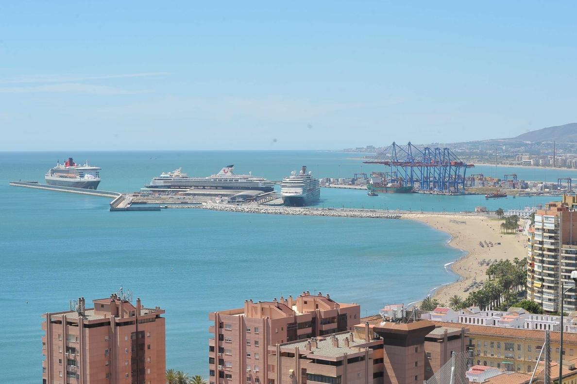 El puerto de Málaga recibe este miércoles cinco barcos que moverán a unos 10.000 cruceristas