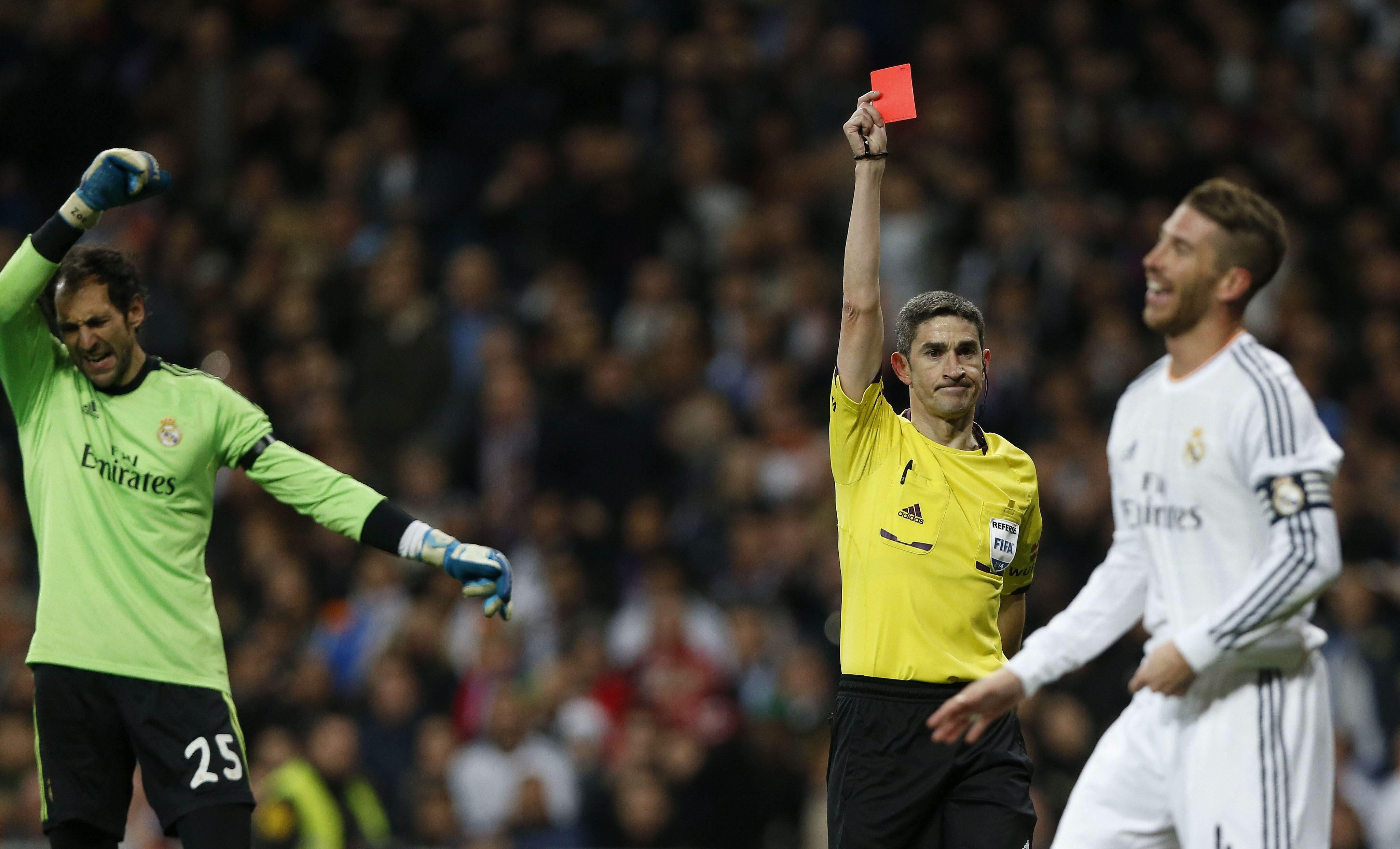 El Real Madrid recurre la tarjeta de Ramos y espera que pueda estar en Sevilla