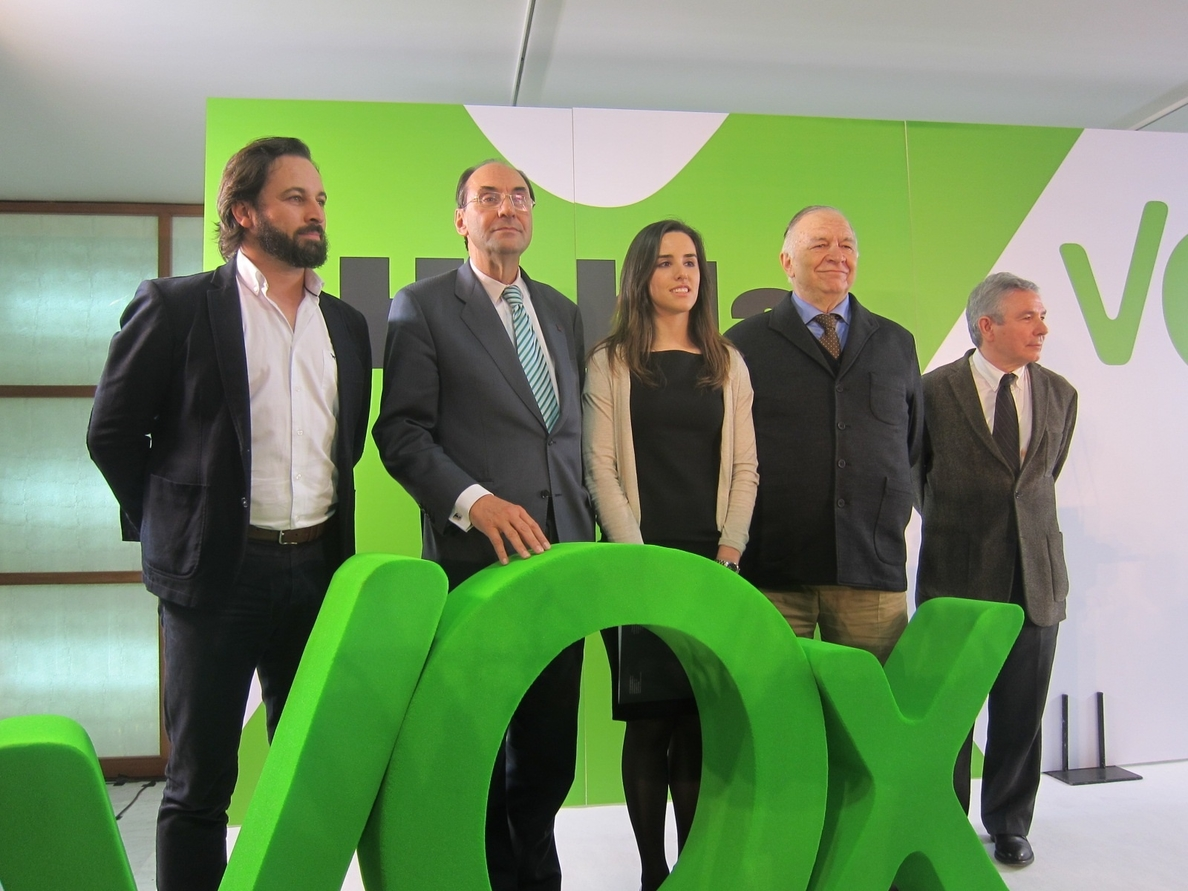 Vidal-Quadras defiende BCN World si cumple con la normativa y el plan del Ebro