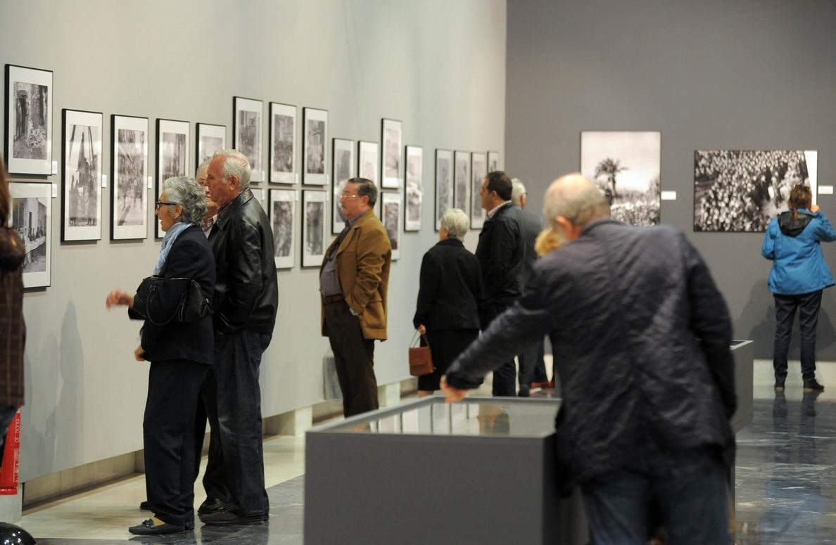 La exposición de Juan López recibe más de 8.000 visitas en el primer mes que permanece abierta al público
