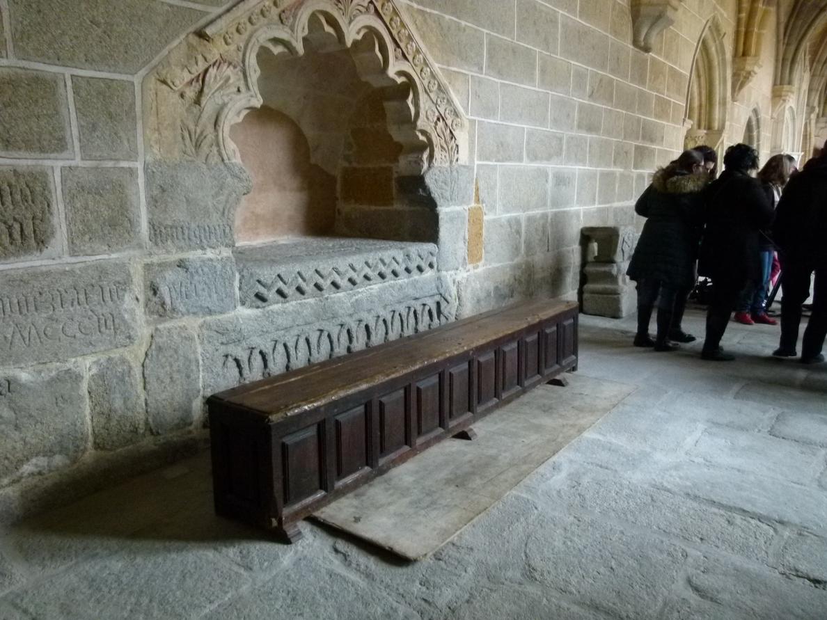 El expresidente reposa ya junto a su mujer en la Catedral de Ávila, ciudad que llevó en su corazón