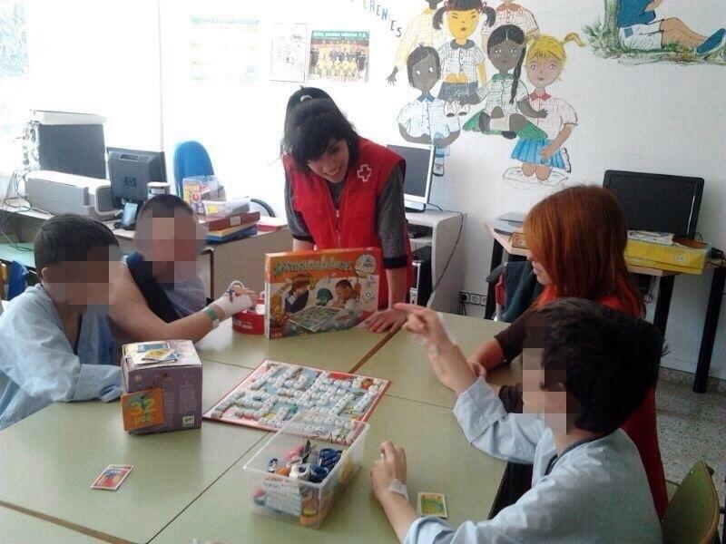 El programa de Atención a Infancia Hospitalizada de Cruz Roja beneficia en 2013 a 439 menores en Jaén y Úbeda