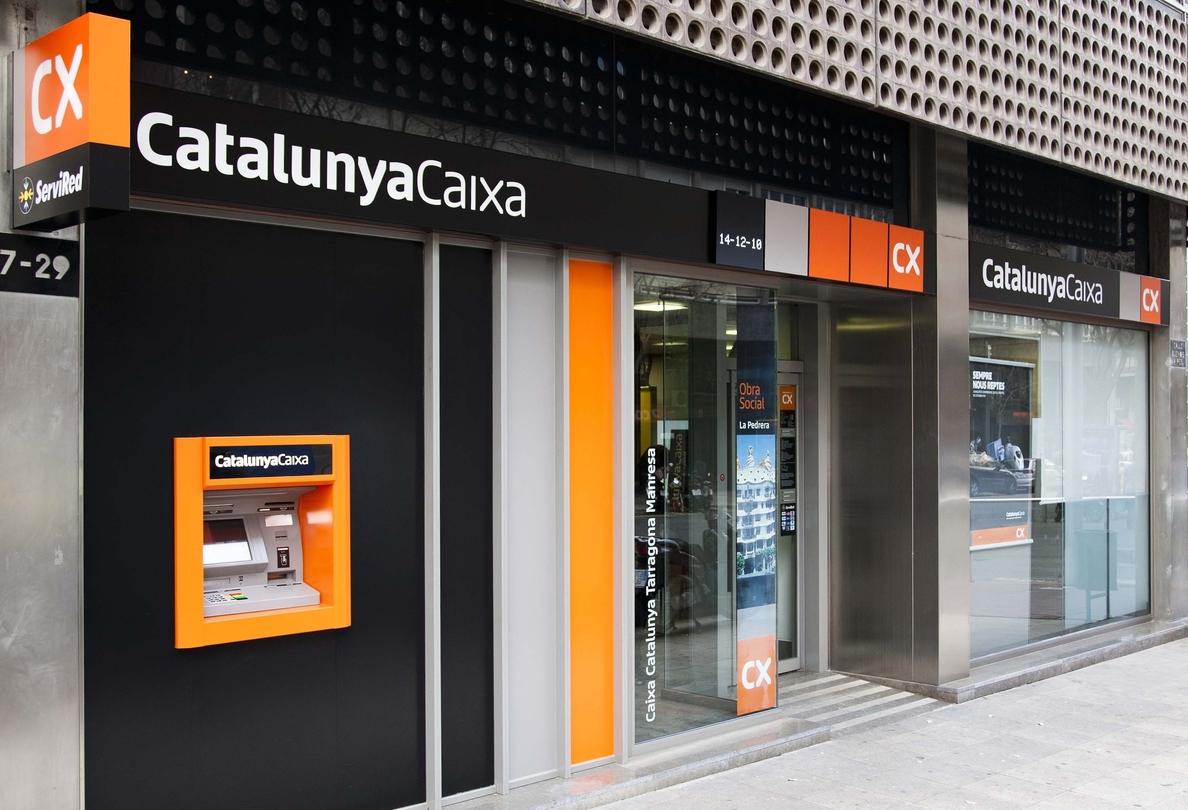 CatalunyaCaixa ganó 532,2 millones en 2013, frente a pérdidas de 11.856 el año anterior