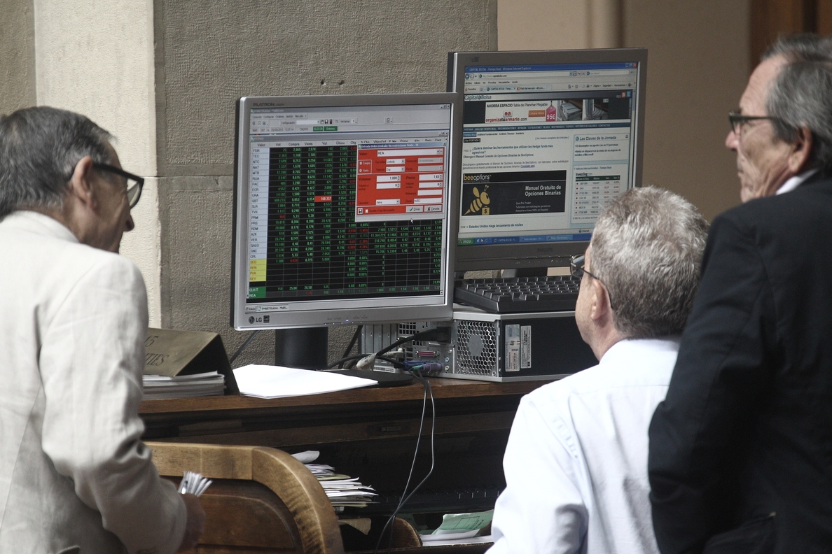 El Ibex sube un 0,34% en la apertura y recupera los 10.000