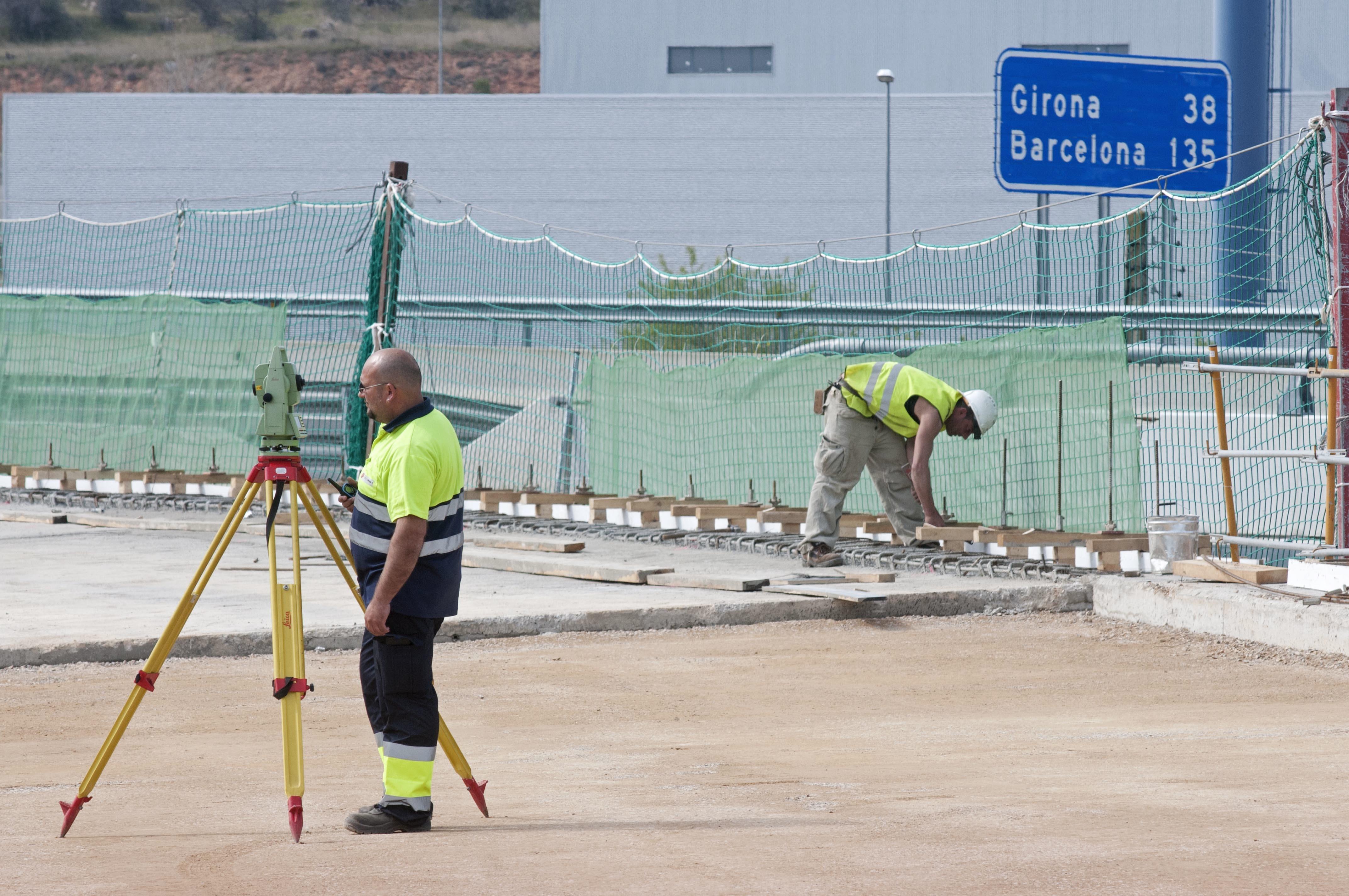 El PSOE pide a Pastor que explique el plan para las autopistas de peaje