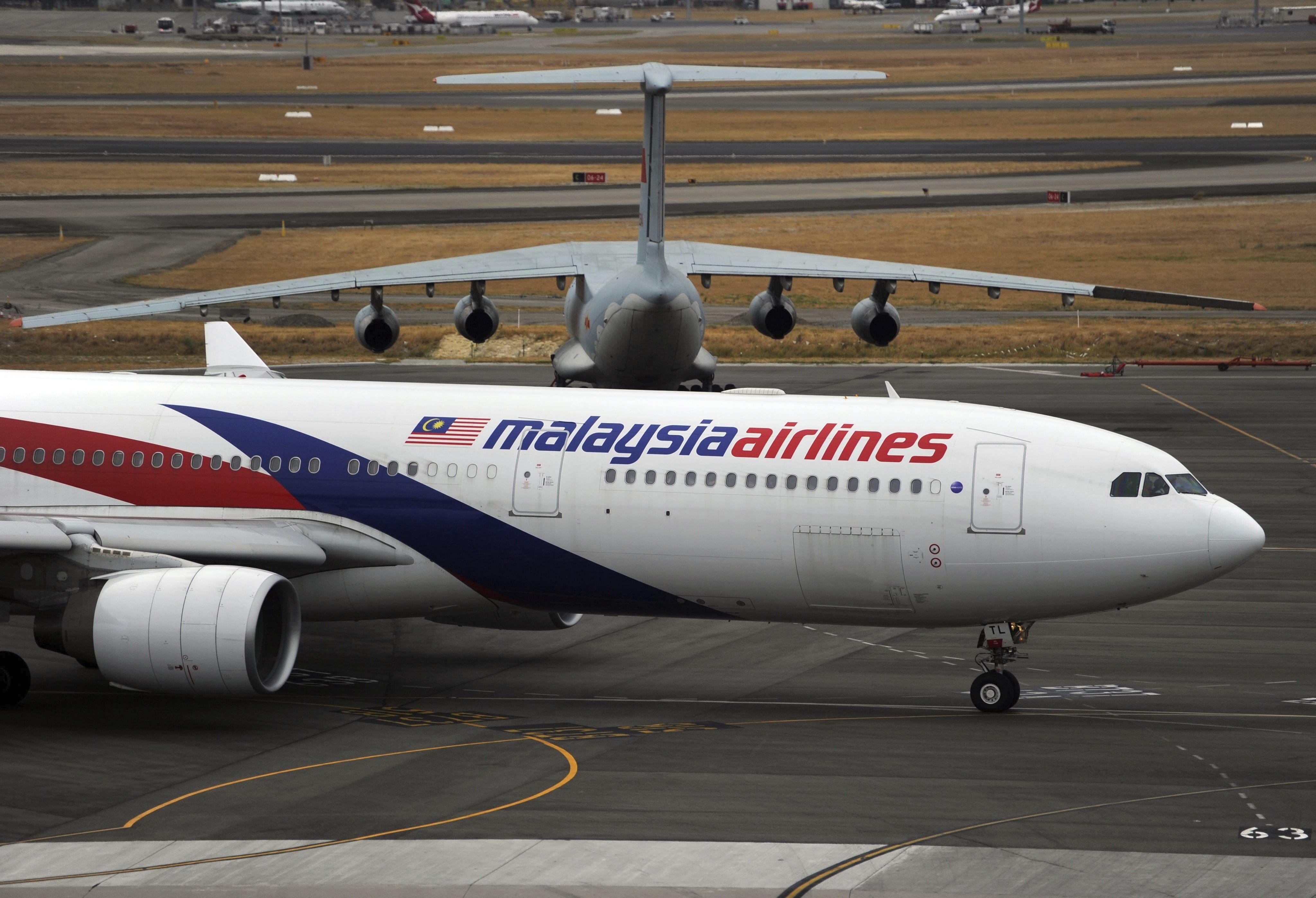 Se reanuda la búsqueda del avión perdido en aguas del océano Índico