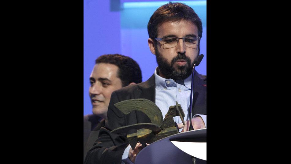 Jordi Évole con el programa »Salvados» se coloca en «El otro lado de la valla»