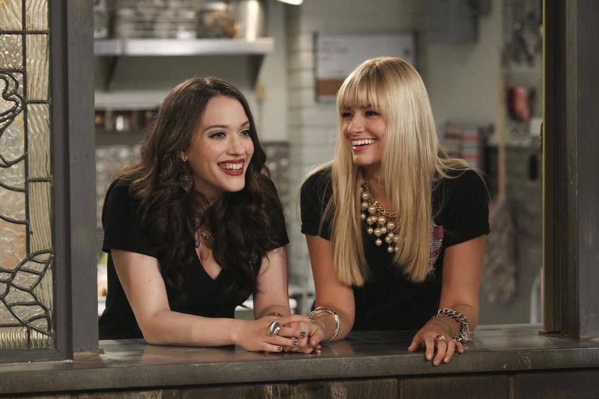 Estreno de la tercera temporada de »Dos chicas sin blanca» en TNT